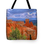 Bryce Canyon's Agua Canyon Tote Bag