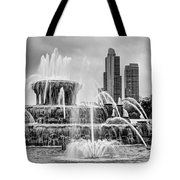 Buckingham Fountain - 1 Bw Tote Bag