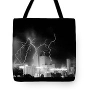 Budweiser Lightning Thunderstorm Moving Out Bw Pano Tote Bag
