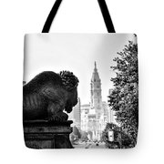 Buffalo Statue On The Parkway Tote Bag