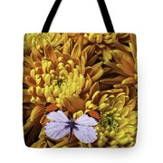 Butterfly Resting On Mums Tote Bag