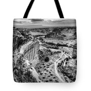 Canyon De Chelly Navajo Nation Chinle Arizona Black And White Tote Bag