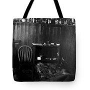 Capeevanshut-antarctica-g.punt-17 Tote Bag