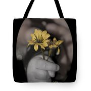 Carlee's Daisy Tote Bag