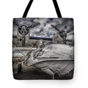 Catalina Pby-5a Miss Pick Up Hdr Tote Bag