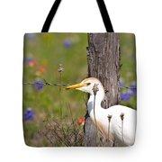 Cattle Egret At Fenceline Tote Bag