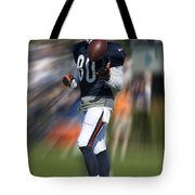 Chicago Bears Wr Armanti Edwards Moving The Ball Training Camp 2014 Tote Bag