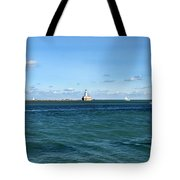 Chicago Illinois Harbor Lighthouse And Little Lady Tour Boat Usa Tote Bag