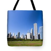 Chicago Skyline From Grant Park Tote Bag