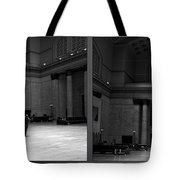 Chicago Union Station The Great Hall 2 Panel Bw Tote Bag