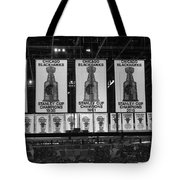 Chicago United Center Banners Bw Tote Bag