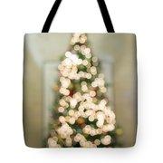 Christmas Tree Defocused With Bokeh Lights Tote Bag