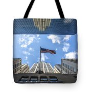 Chrysler Building Reflections Horizontal Tote Bag