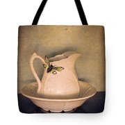 Cicada On Pitcher Tote Bag