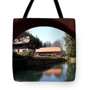 Circular Arc View Tote Bag