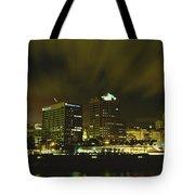 City Skyline With Milwaukee Art Museum Tote Bag