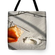 Conch With Shell In Sand I Tote Bag