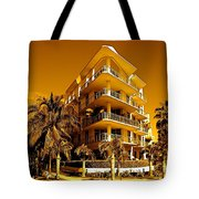 Cool Iron Building In Miami Tote Bag