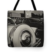 Cruising Bob's Big Boy Tote Bag