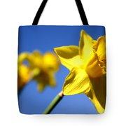 Daffodil Line Tote Bag