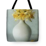 Daffodils In A White Flowerpot Tote Bag