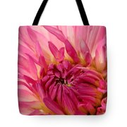 Dahlia 2am-104251 Tote Bag