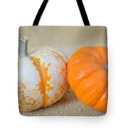 Daisy Gourd And Pumpkin Tote Bag