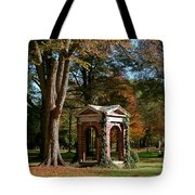 Davidson College Old Well In Autumn Tote Bag