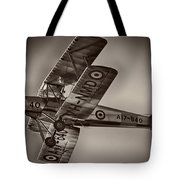 De Havilland Dh-82a Tiger Moth V5 Tote Bag