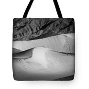 Death Valley National Park Stovepipe Wells Dunes 19 Tote Bag