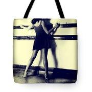 Detension Tote Bag