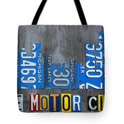 Detroit The Motor City Skyline License Plate Art On Gray Wood Boards  Tote Bag