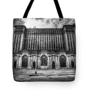 Detroit's Abandoned Michigan Central Train Station Depot In Black And White Tote Bag