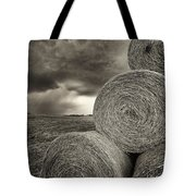 Distant Thunderstorm Approaches Hay Bales E90 Tote Bag