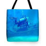Diving The James Bond Movie Wreaks Tote Bag