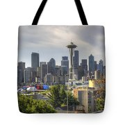 Downtown Seattle Skyline With Mount Rainier Tote Bag