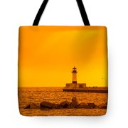 Duluth N Pier Lighthouse 41 A Tote Bag