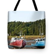 East Coast Low Tide Scene Tote Bag