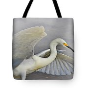 Egret Grace At The Beach Tote Bag