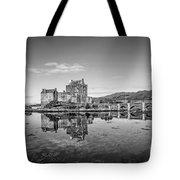 Eilean Donan Castle Black And White Tote Bag
