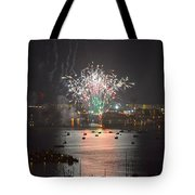 Fireworks At Night For The 4th Of July Over Fort Walton Beach From 14th Floor Balcony Tote Bag