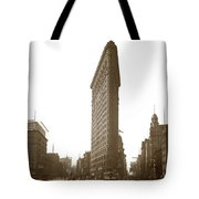Flatiron Building New York City Circa 1904 Tote Bag