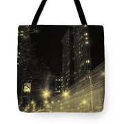 Flatiron Building Nyc Tote Bag