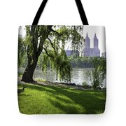 Geese In Central Park Nyc Tote Bag