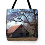 Georgia Barn In Winter Tote Bag