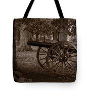 Gettysburg Cannon B W Tote Bag