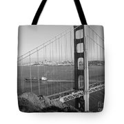 Golden Gate In Bw Tote Bag