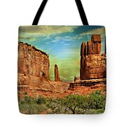 Golden Glow On Park Avenue Tote Bag