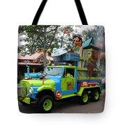 Goofy On Safari Tote Bag