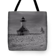 Saint Joseph Michigan Lighthouse In Winter Tote Bag